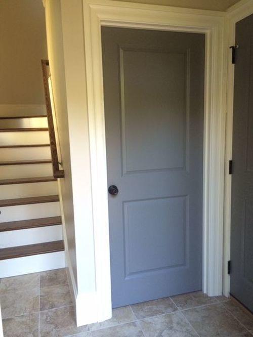 темные межкомнатные двери в интерьере