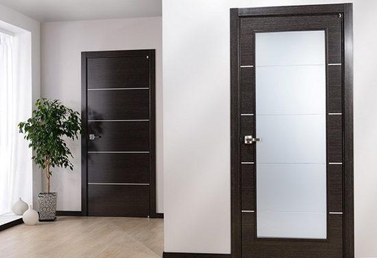 Двери цвета венге со стеклом