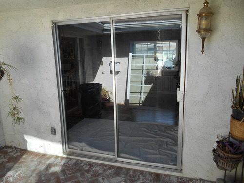 alyuminievye-vhodnye-dveri-03-4602955