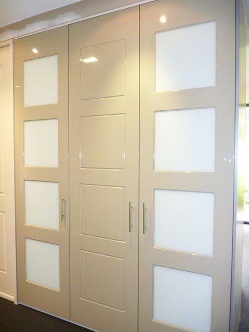 belye-mezhkomnatnye-dveri-08-7612735