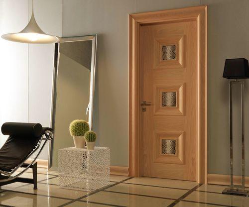 cvet-dverej-v-kvartire_3-5168645