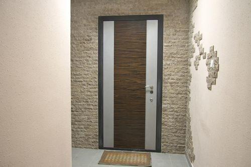 dekorativnaya-otdelka-dverej_1-9151722