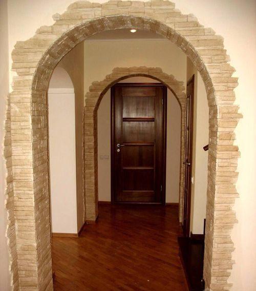 dekorativnaya-otdelka-dverej_5-2081853