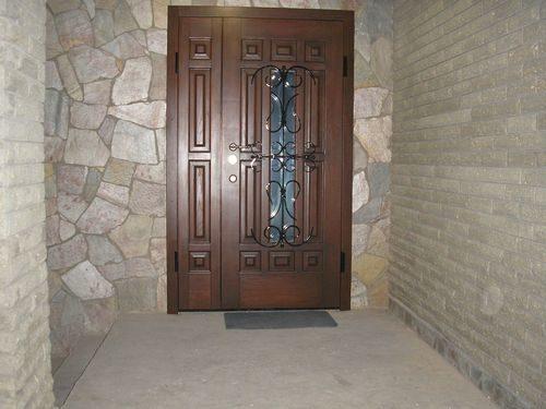 derevyannye-dveri-iz-massiva_2-4202720