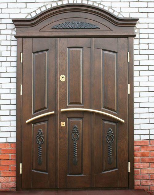 derevyannye-dveri-iz-massiva_6-4317473
