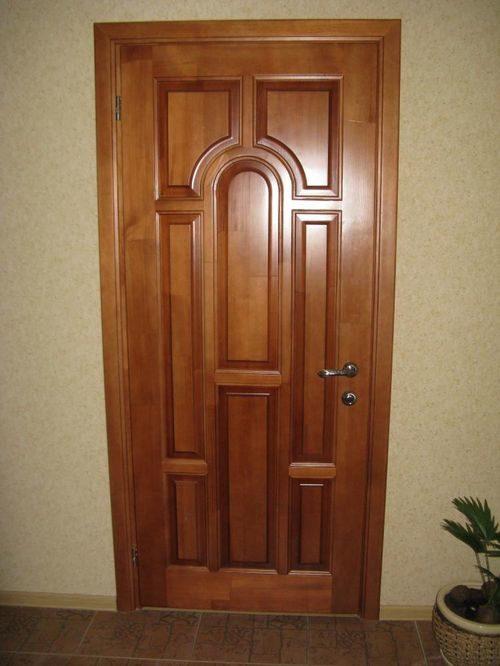 derevyannye-dveri-iz-massiva_7-7542055