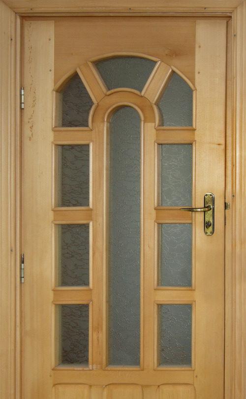 derevyannye-dveri-so-steklom-03-7813130