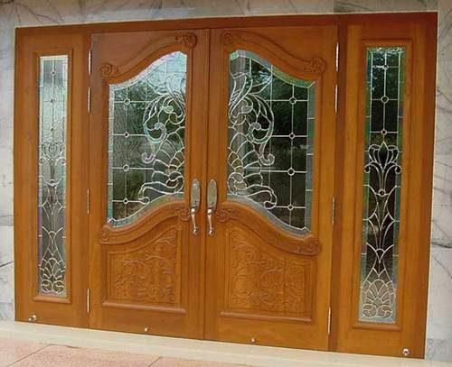 derevyannye-dveri-so-steklom-07-1167110