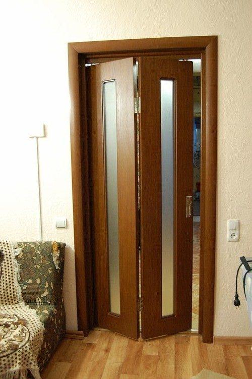 dver-knizhka-04-2227876