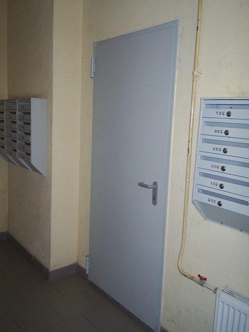 dver-v-podezd-08-9589441