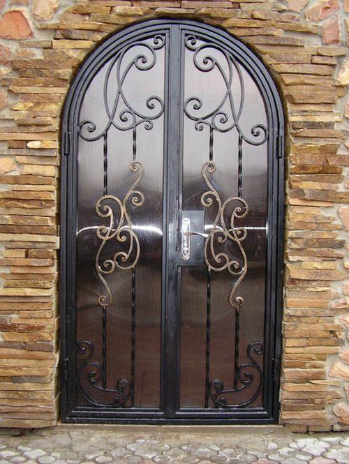 dveri-so-steklom_11-9897824