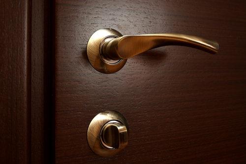 dvernye-ruchki-10-5014237