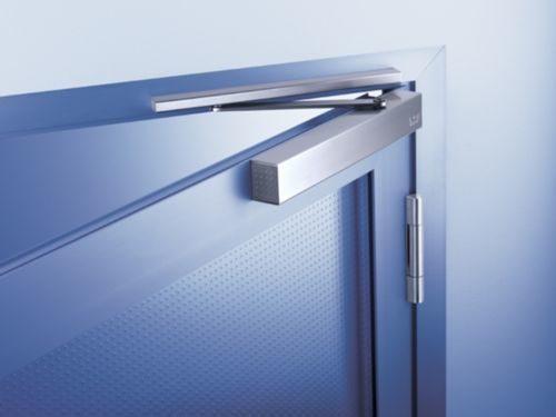 furnitura-plastikovyx-dverej_1-6091880
