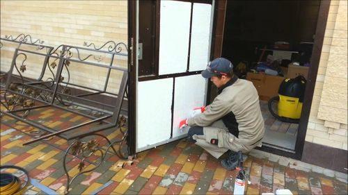 kak-uteplit-zheleznuyu-dver_7-1737616