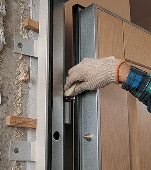 krepit-mezhkomnatnye-dveri-04-6198910
