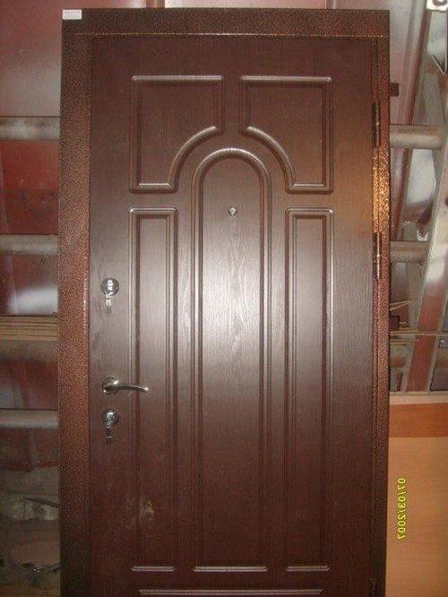 metallicheskie-dveri-07-7323565