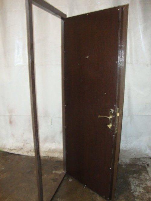 mezhkomnatnaya-staraya-dver-05-9640182