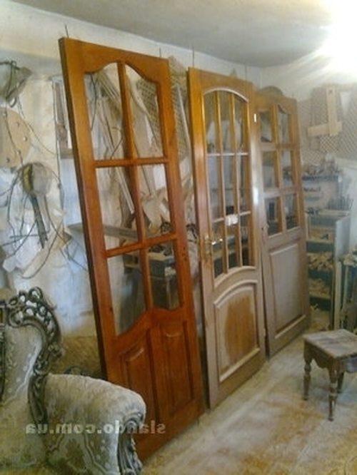 mezhkomnatnaya-staraya-dver-06-9268104