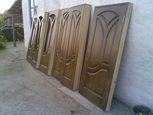 mezhkomnatnaya-staraya-dver-07-7427313