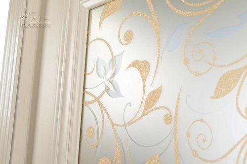 Межкомнатные двери с рисунком: фото интерьеров