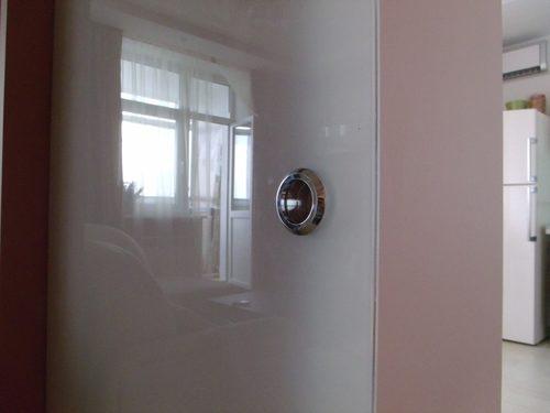 mezhkomnatnye-dveri-iz-stekla-08-6591710