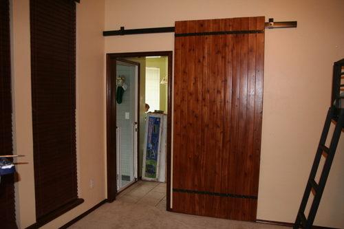 navesnye-mezhkomnatnye-dveri-05-3587123