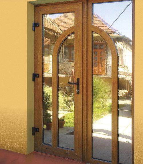 nestandartnye-vhodnye-dveri-02-7811322