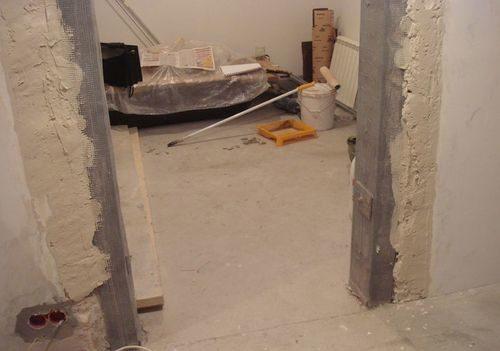 obrezat-dver-rasshirit-proem_1-2323677