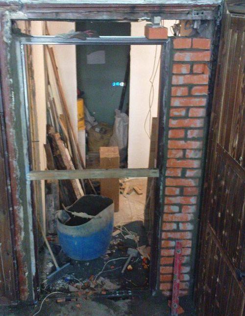 obrezat-dver-rasshirit-proem_6-9865235