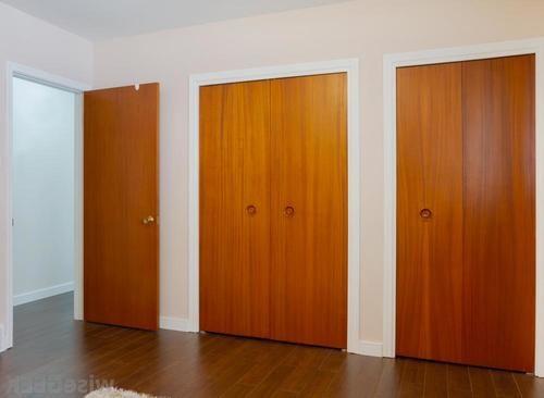 otkryvanie-mezhkomnatnoy-dveri-05-2932433