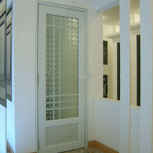 plastikovye-dveri-09-1179516