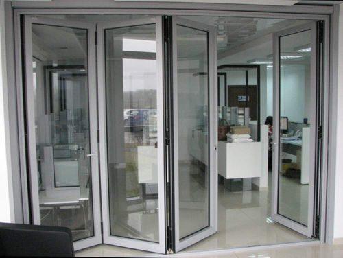 plastikovye-dveri-garmoshka_8-8603456