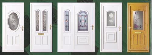 plastikovye-vhodnye-dveri-01-7827940