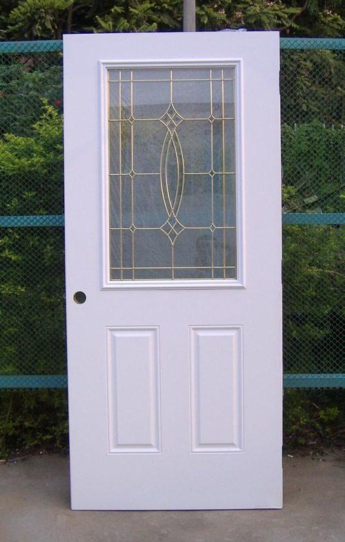 plastikovye-vhodnye-dveri-02-2089276