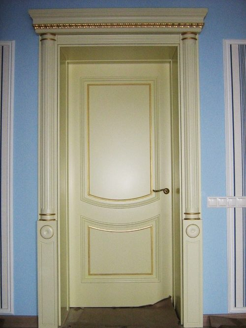 pokraska-mezhkomnatnoy-dveri-06-8861666