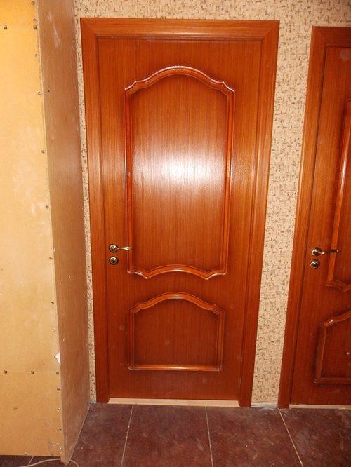 Деревянные двери Порта Прима