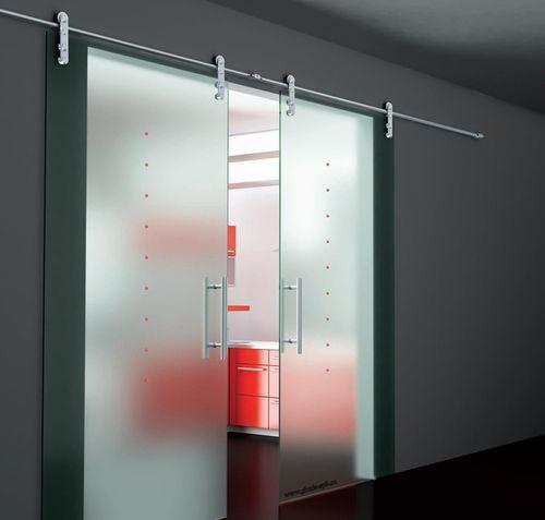 pro-furnituru-steklyannyx-dverej_2-4950916
