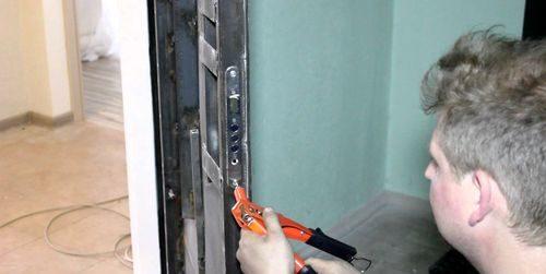 remont-kitajskih-dverej_4-7853542
