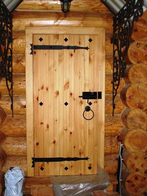 sdelat-dver-v-banyu_7-1694058