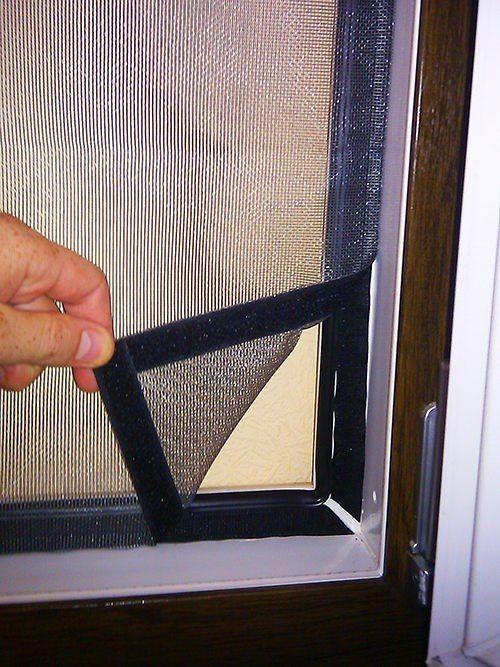 setki-na-plastikovye-dveri_10-3051452