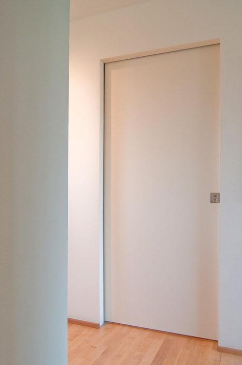 skrytye-mezhkomnatnye-dveri-10-7515867