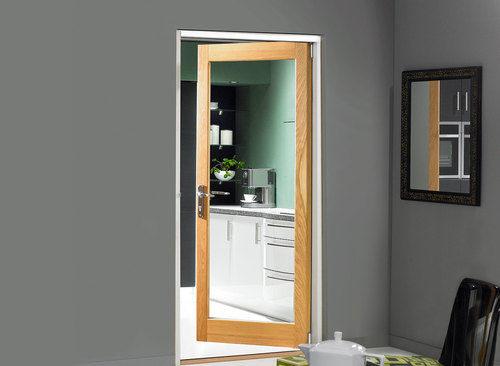 steklyannye-dveri-09-7039556