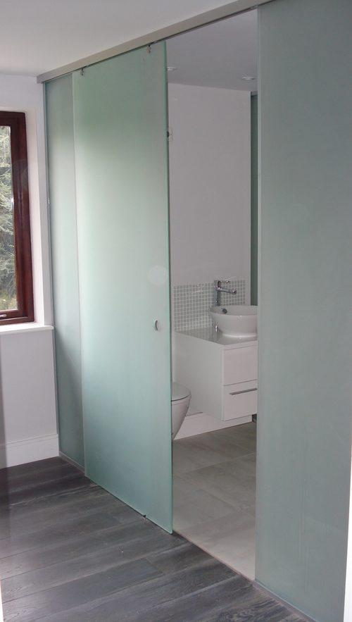 steklyannye-dveri-09-8317716