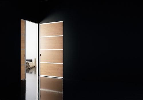 svetlye-mezhkomnatnye-dveri-06-8654527