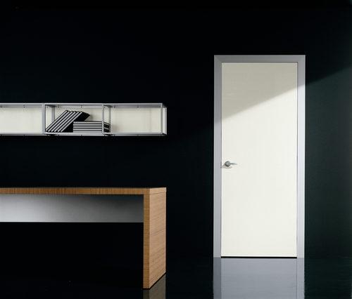 svetlye-mezhkomnatnye-dveri-12-4962325