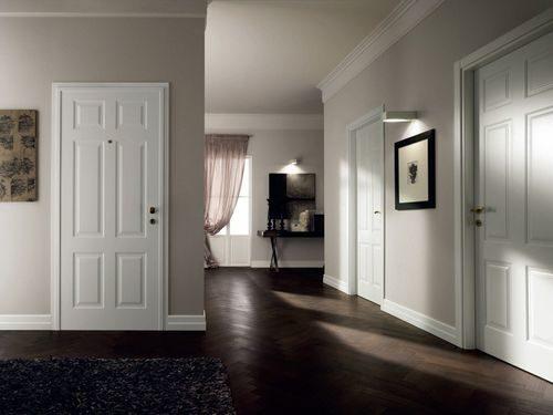 temnyj-pol-svetlye-dveri_3-6546046