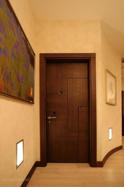 ustanovit-dveri-07-6869573