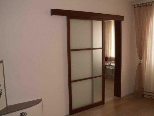 ustanovit-dveri-08-9871793