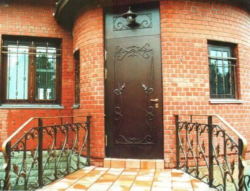 утепленные уличные двери для загородного дома