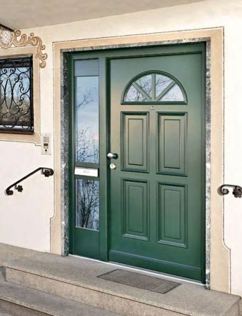 uteplennye-metallicheskie-dveri_3-2604407